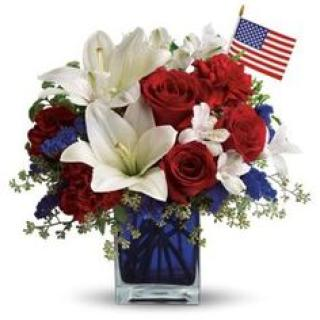 Patriotic/Roses,Lily,Statice,Carnation,Alstro,Flag