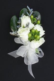 Corsage/Roses,Limonium,Hypericum/Color Optional