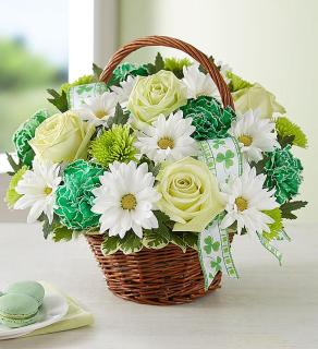 St. Patrick\'s Day/Carnations,Daisies,Roses,Buttons