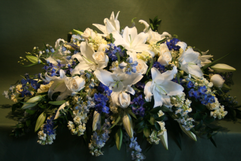 A Casket Spray/Roses,Lilly,Stock,Delphenium