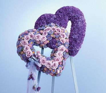 Blue & Lavender Double Heart/Carns,Roses,Buttons,Statice