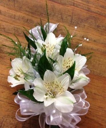 Corsage/Alstroemeria/Color Optional
