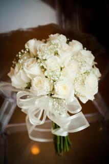 Round Bouquet/Roses,Baby Breath