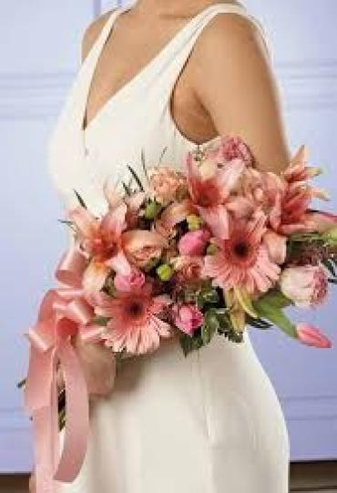 Cascade Bouquet/Tulip,Rose,Lilly,Gerb,Lisianthus,Astilbe