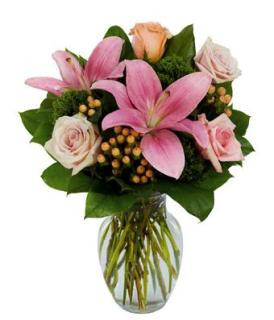 Pink Rose Petal and Lilly Surprise/Lilly,Rose Hypericum
