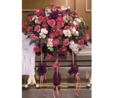 A CASKET SPRAY/CARNS,ROSES,STOCK,STATICE