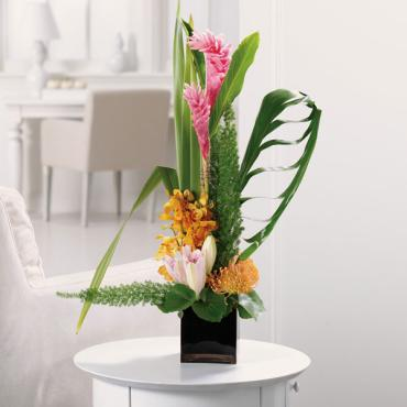 The Bounty/Protea,Foxtail,Ginger,Lilly