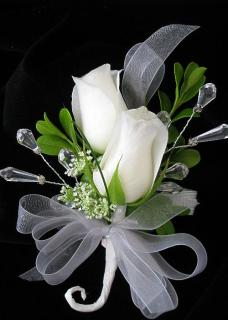 Corsage/Roses,Queen Anne Lace/Color Optional