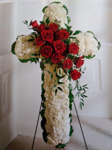 Lovely Cross/Roses,Carnations