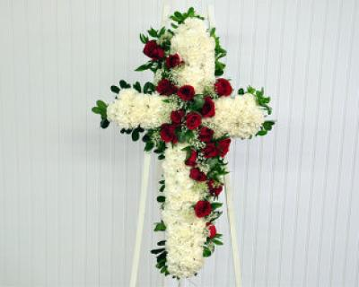 Heartfelt Cross/Whit Carns,Red Roses