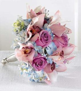 New Love Bouquet/Cymbidium Orchid,Roses,Hydrangea