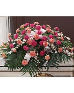 A Casket Spray/Carnations,Leptospernum
