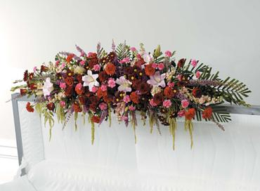 A Casket Adornment/Roses,Heather,Lillies,Carns,Stock