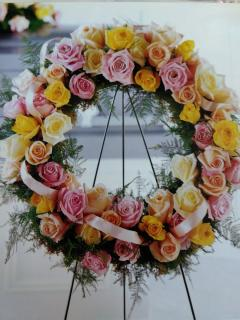 Royal Sympathy Wreath/Roses