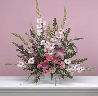 Traditional Pink Fan Arrangement/Glads,Snaps,Lillies,Roses
