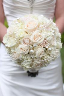 Blush Bouquet/Roses,Hydrangea,Pearls
